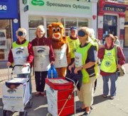 Island Lions collecting in Ryde